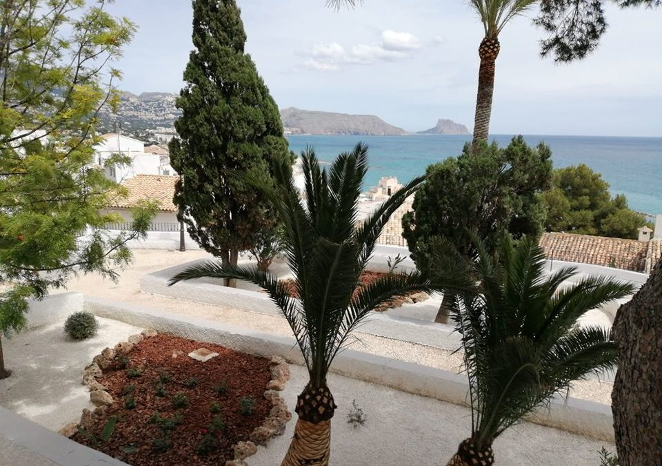 Los jardines de la Plaza de Fransesc Martinez i Martinez se transforman